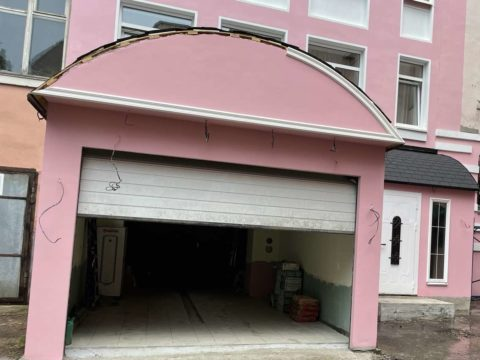 Фасад гаража